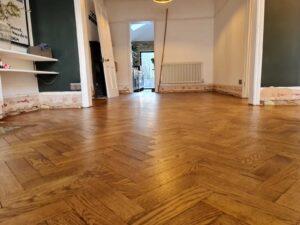 reclaimed herringbone parquet floor image 16