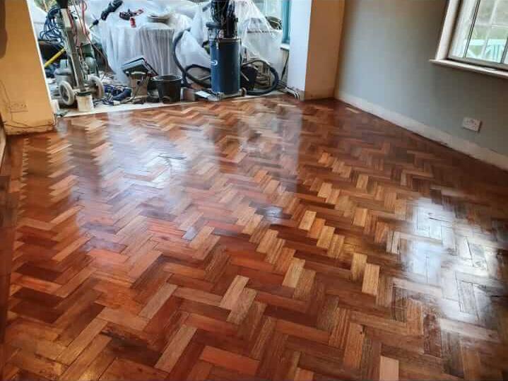 reclaimed herringbone parquet floor image 2