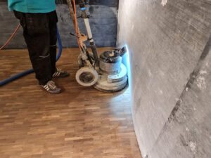 Commercial floor sanding and refinishing bluewater shopping centre